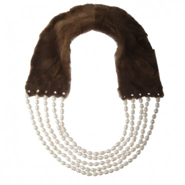 PEARL NECKLACE WITH MINK FUR